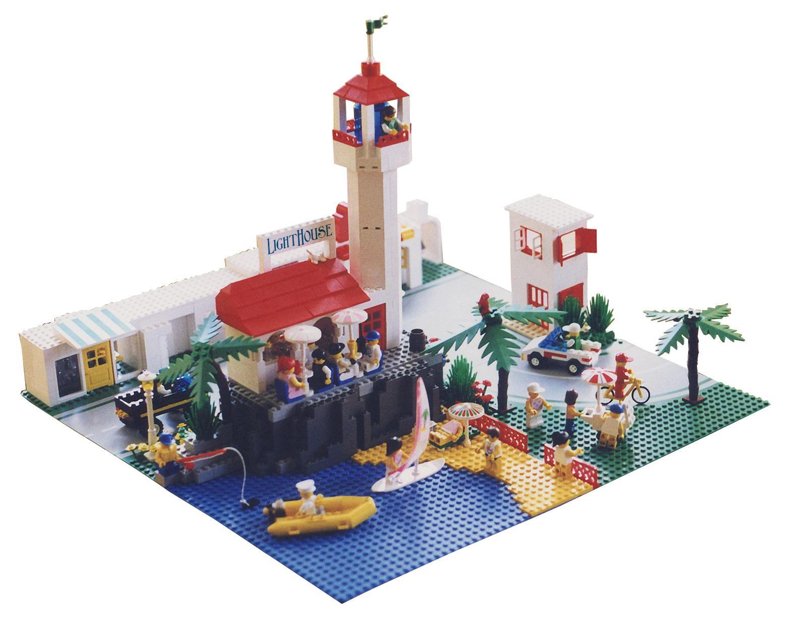 Farol (Lighthouse) - MOC